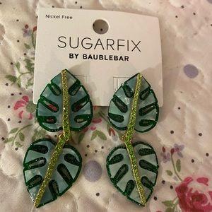 Baublebar 🌴 Tropical leaf dangle earrings NWT